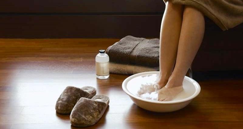Ножные ванны при ушибе пятки